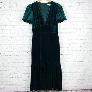 Gianni Bini Forest Green Velvet Midi Dress